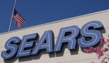 Sears on the verge of filing for bankruptcy; It will close 150 stores