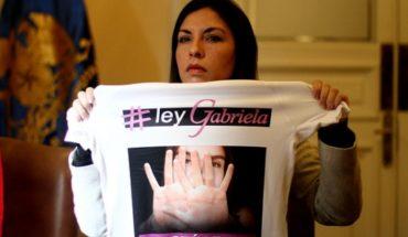 """""""Ley Gabriela"""": Unánime apoyo de diputados a la norma que tipifica el femicidio y la violencia en el pololeo"""