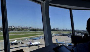 Aeroparque: un piloto privado interfirió comunicaciones y generó confusión