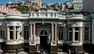 Agrupación de artistas de Valparaíso piden rechazar venta del Palacio Lyon