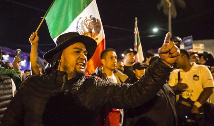 Alcalde de Tijuana propone retenes y consulta sobre migrantes