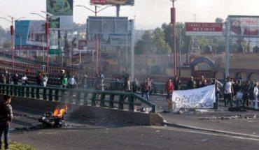 Caos vial por el bloqueo en la autopista México-Pachuca
