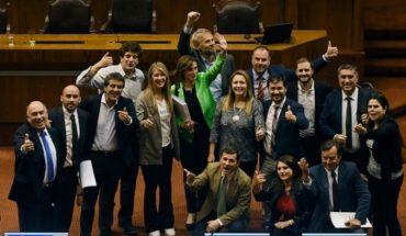 Diputados de la ex Nueva Mayoría dan los votos para la aprobación de Aula Segura