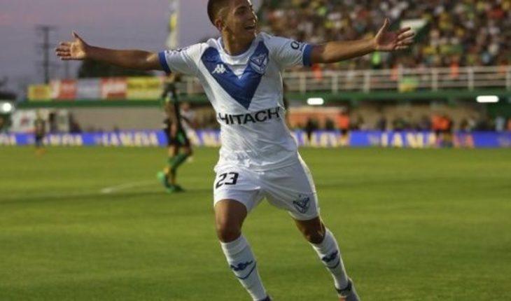 En el día de su debut como titular, Thiago Almada marcó dos goles para Velez