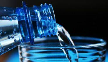 Estudio detectó alta presencia de arsénico en tres marcas de agua envasada