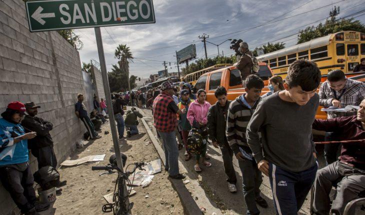 Grupo de migrantes llegó a Tijuana; vecinos protestaron por su presencia