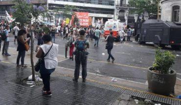 La policía arrojó gases y hubo heridos en la protesta contra la UniCABA