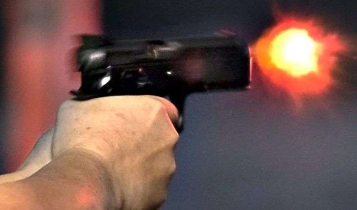Mata a tiros a mujer luego intenta quitarse la vida, pero falla