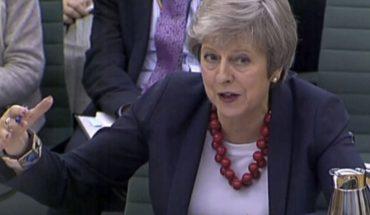 May, centrada en aprobar pacto para Brexit pese a las dudas