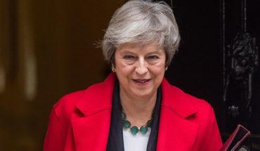 """May se enfrenta a dimisiones y batalla parlamentaria por el """"Brexit"""""""