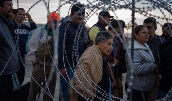 Migrantes fueron reprimidos por la policía norteamericana