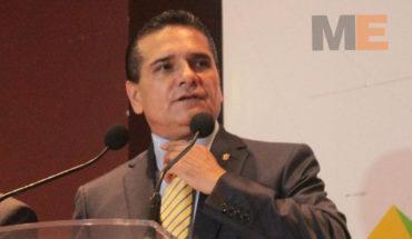 """No es una """"consulta"""", Michoacán ya está fuera del convenio federal en materia de educación: Silvano Aureoles"""