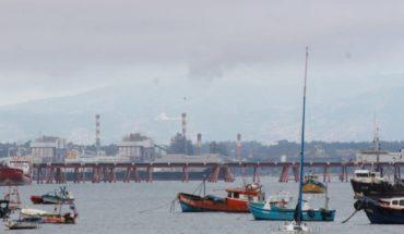 """Prensa extranjera no olvida la crisis ambiental de Quintero: """"¿Crecimiento económico en detrimento de la salud?"""""""