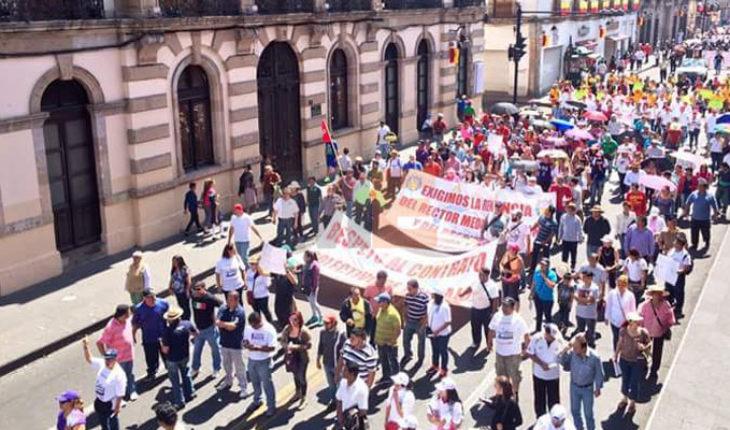 Profesores de Michoacán tomarán presidencias municipales por falta de pago