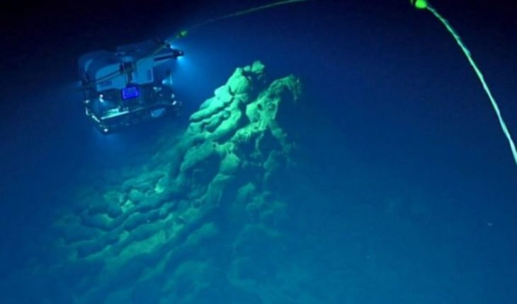 Qué revela la erupción volcánica submarina más profunda de la que se tiene registro