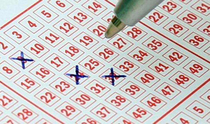 Revela matemático fórmula con la que ganó 14 veces la lotería