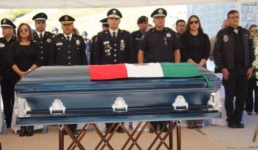 Rinden honores a policía caído en cumplimiento de su deber