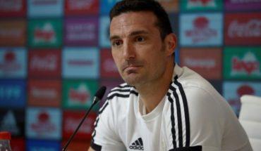 """Scaloni confiesa que no haber entrenado a Messi es su """"espina clavada"""""""