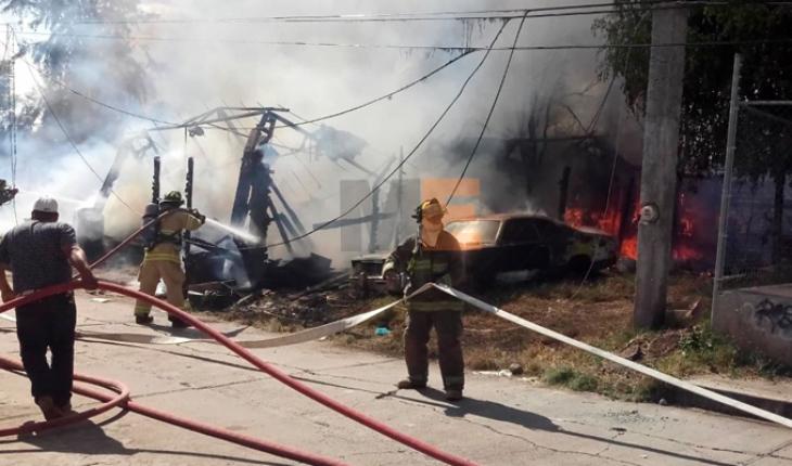 Se incendian varias casas en una colonia irregular de Morelia, Michoacán
