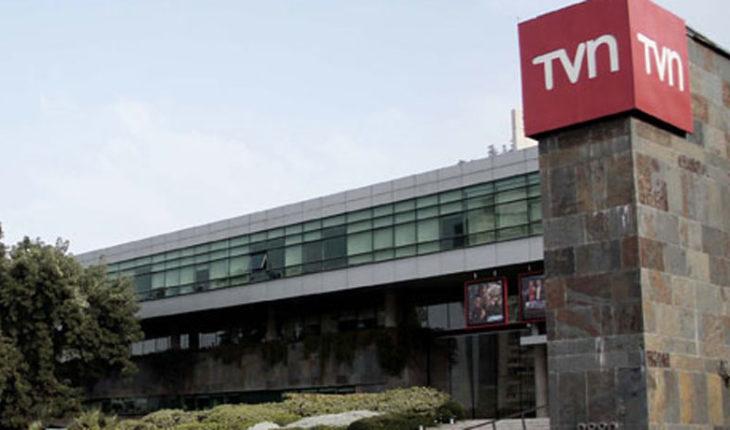 """Sindicato de TVN por renuncia de Orrego: """"Demuestra la impericia en términos de manejo político"""""""