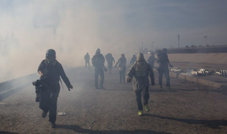 Trump defiende uso de gas lacrimógeno contra migrantes