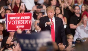"""Trump presume """"tremendo éxito"""" en elecciones de E.U"""