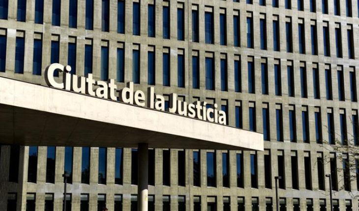 Un año y nueve meses de prisión para joven que robó un bocadillo, en Barcelona