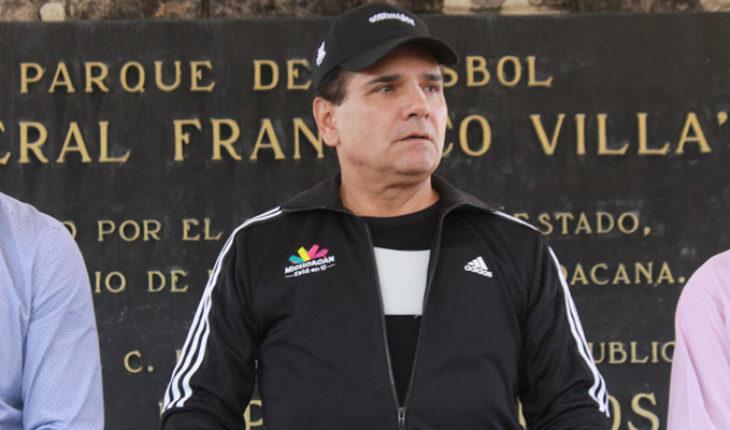 Yo quisiera reelegirme pero no está permitido: Silvano Aureoles