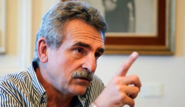 """Agustín Rossi: """"peronism and the opposition do not spare you nothing"""""""