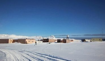 Antarctica: Engineer stabbed his companion by spoilearle the end of the novel
