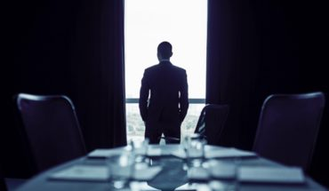 Corporate governance, managerial compensation and company