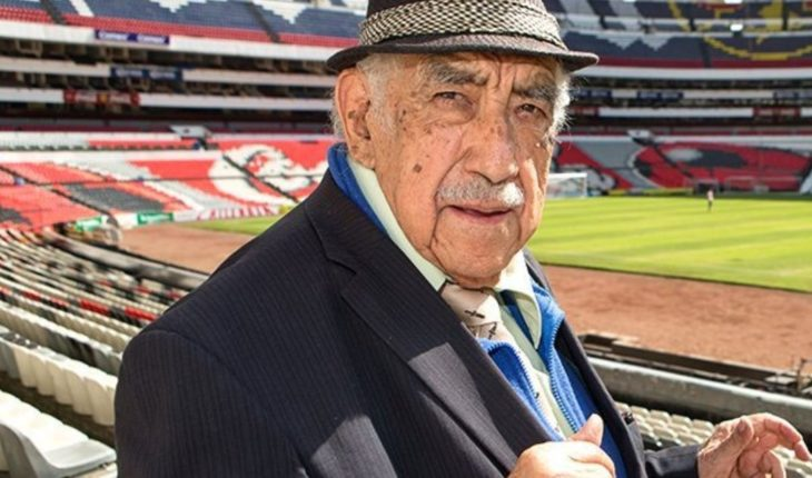 Death of Don Melquiades Orozco, 'The voice of the Estadio Azteca'