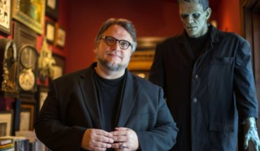 Del Toro says goodbye to his monsters after voracious fire
