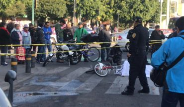 Die Ecobici user to be run over on avenida Chapultepec