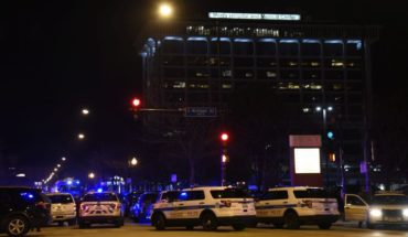 Four dead stopped shooting at a Chicago hospital