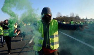 "France: who they are and why they are protesting ""Yellow Jackets"""