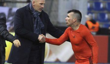 Gary Medel was incumbent on bitter Besiktas in the Europa League tie