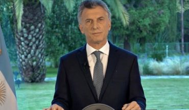 "Macri declared three days of mourning and said that family members are""not alone"""