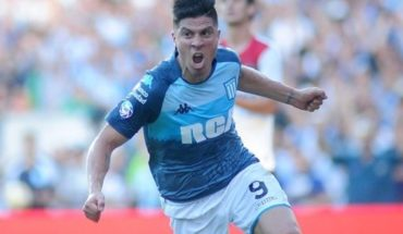 Racing suffered, but won against Newell´s and extended its lead in the Superliga