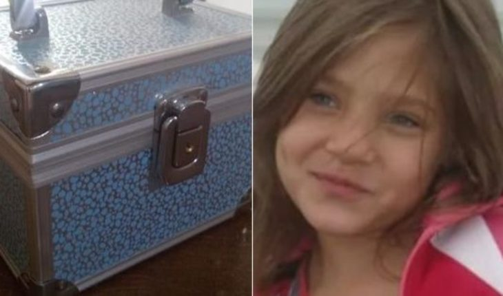 Returned you the box with the ashes of her daughter who had robbed