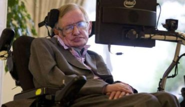 They auctioned the wheelchair of Stephen Hawking