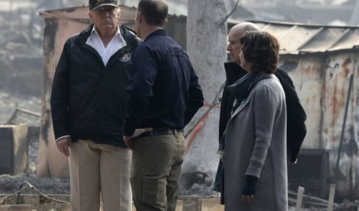Trump visits area devastated by fire in California