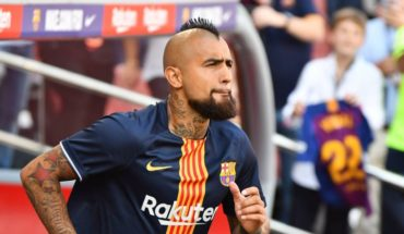 Vidal landed in Chile to focus with the Red