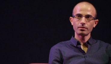 Yuval Noah Harari, the Futurist philosopher who without using cell phone has become involuntary guru of Silicon Valley