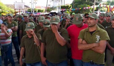 Autodefensas pactan con el gobierno un retén en Guerrero