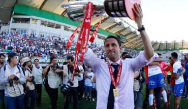 """Beñat San José: """"Este trofeo es de los jugadores, solo de ellos"""""""