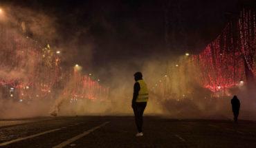 """Decenas de detenidos en nueva protesta de los """"Chalecos amarillos"""" en Francia"""