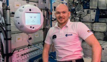 El video del primer tripulante robot de la Estación Espacial Internacional