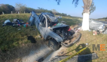En Tanhuato se accidenta familia que viajaba de Tijuana a Morelia, hay dos muertos y cuatro lesionados