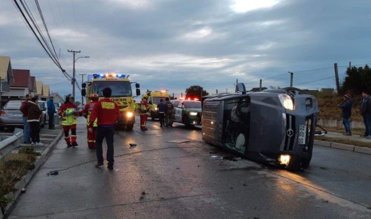 En menos de 24 horas se registraron tres volcamientos de vehículos en Punta Arenas